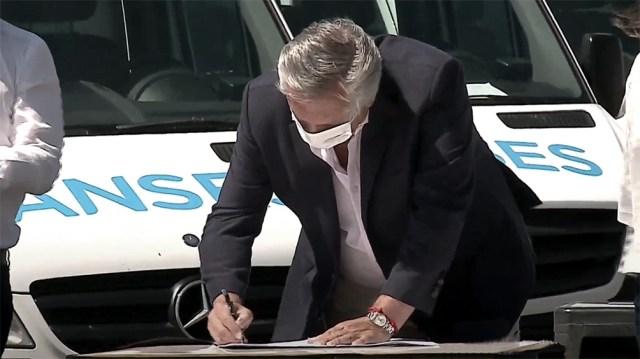 Alberto Fernández promulgará la modificación al Impuesto a las Ganancias.