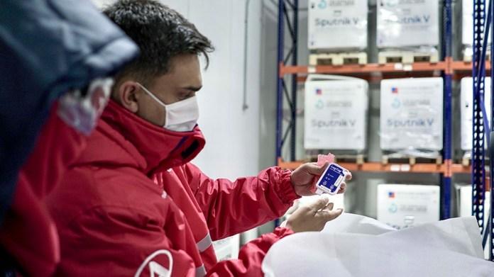 Con medidores de temperatura calibrados y certificados, se verificó y registró que la carga cumpliera con las condiciones adecuadas.