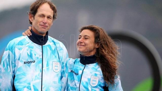 Lange y Carranza en el podio de Río 2016, donde fueron medalla de oro en vela (foto archivo)