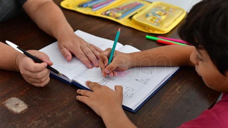 En total de 3,5 millones de alumnos de nivel inicial, primaria y secundaria volverán a las clases presenciales este miércoles.