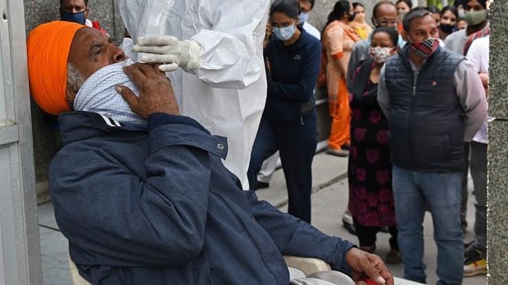 India registró un récord diario de casos con más de 145.000 nuevos positivos