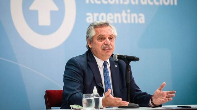 El Presidente entregará viviendas en el barrio Saladita de la localidad bonaerense de Avellaneda.