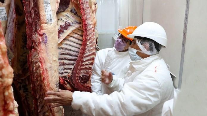 El Gobierno anunciará este martes un nuevo esquema exportador de carne.