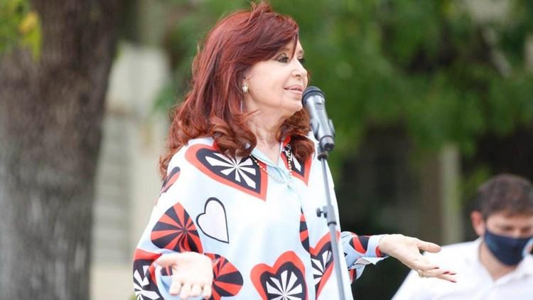 """La vicepresidenta remarcó que el Frente de Todos es """"el único espacio político que nunca endeudó a la Argentina."""