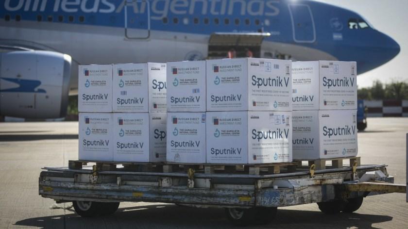 Este martes llegó un nuevo cargamento de 300.000 dosis de vacunas Sputnik V.