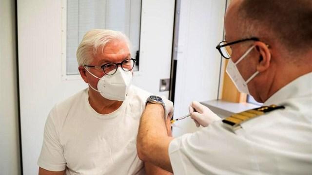 El presidente alemán se vacunó este jueves