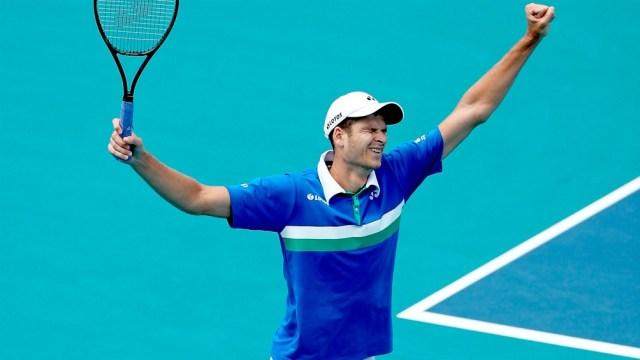 Hubert Hurkacz suma tres títulos en torneos de ATP.
