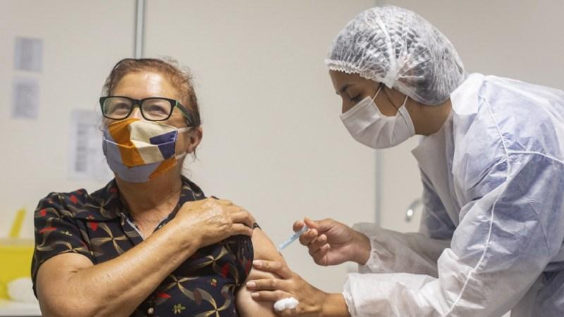 """""""Con las medidas vamos a ganar tiempo para vacunar"""", dijo el Presidente. (Foto Prensa PBA)"""
