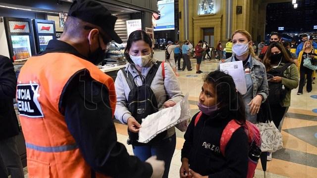 El Gobierno anunció nuevas medidas para evitar la segunda ola de contagios.