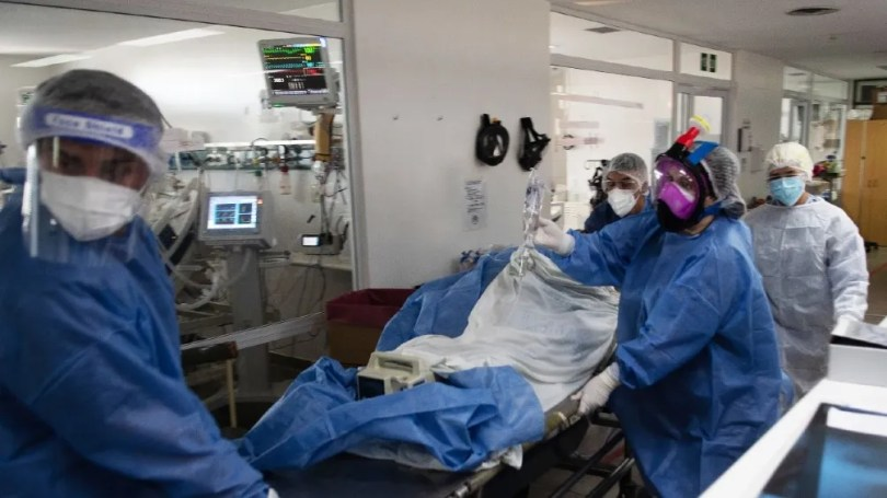 Son 5.317 los internados en unidades de terapia intensiva.
