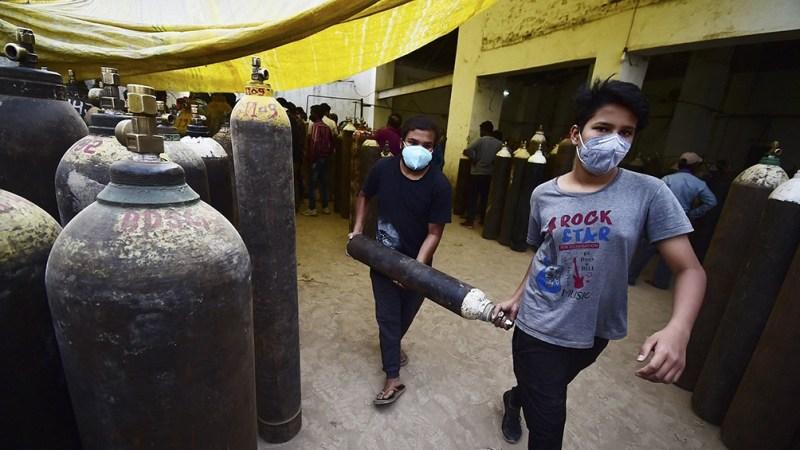La capital recibió 500 toneladas de oxígeno medicinal, una cantidad muy inferior a las 700 toneladas diarias que se necesitan actualmente