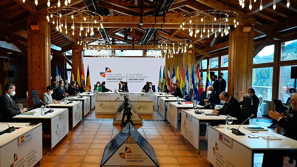 """Para los países de la cumbre, la presencia militar en el área en disputa resulta """"incompatible"""" con la política de búsqueda de una solución pacífica"""