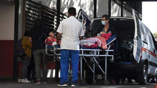 Hospitales públicos de PBA colapsados con pacientes de pre pagas
