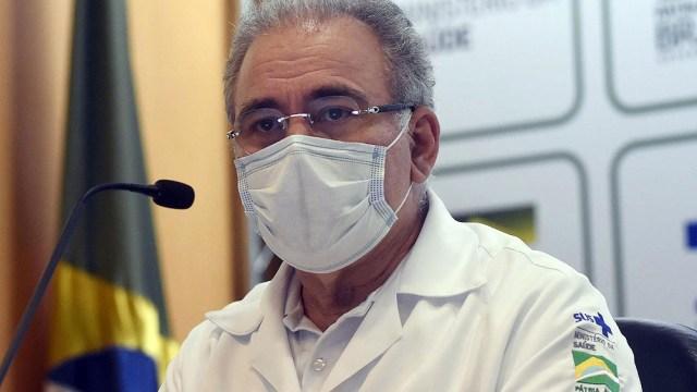 El ministro de Salud, Marcelo Queiroga, afirmó ayer que el desabastecimiento se debe a una decisión equivocada de su predecesor, el general Eduardo Pazuello