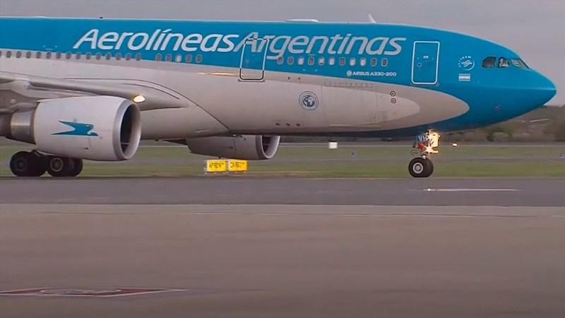 Aerolíneas Argentinas traerá desde China 8 millones de dosis de la vacuna Sinopharm en 10 vuelos.