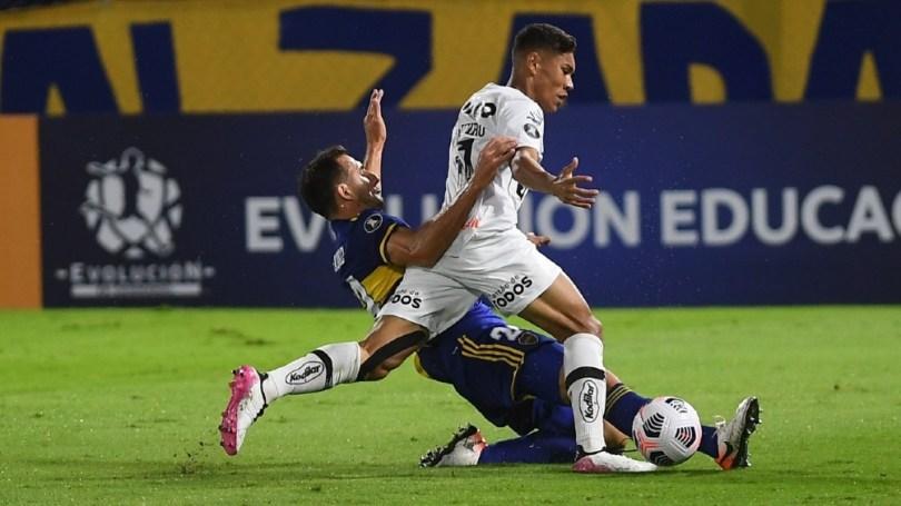 Boca le ganó al Santos por 2 a 0