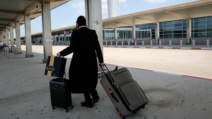 Los funcionarios de Salud dijeron este martes que probablemente se introducirán mayores multas para castigar a los viajeros infractores.