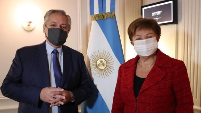 La reunión comenzó a las 9 hora de Italia (4 de la Argentina) en el hotel Sofitel.