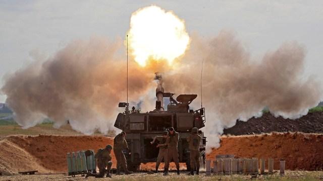 Las hostilidades comenzaron el 10 de mayo cuando el grupo Hamas, que gobierna en Gaza, disparó cohetes hacia Jerusalén (AFP)