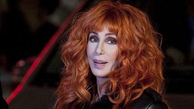 """La cantante contrató a los productores de """"Mamma Mia! Vamos otra vez"""" y al guionista de """"Nace una estrella""""."""