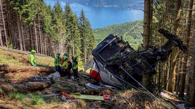 El ministro de Infraestructuras, Enrico Giovanni, anunció la creación de una comisión de investigación sobre el accidente.