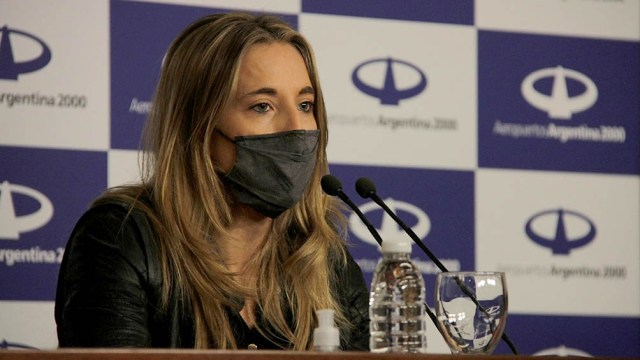Cecilia Nicolini confirmó que las farmaceúticas cambiaron las condiciones.