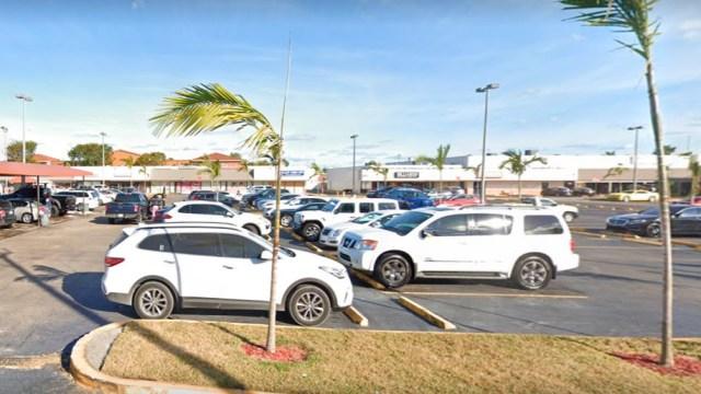 El tiroteo ocurrió en un salón de billar situado en un polígono comercial cerca de Miami Gardens