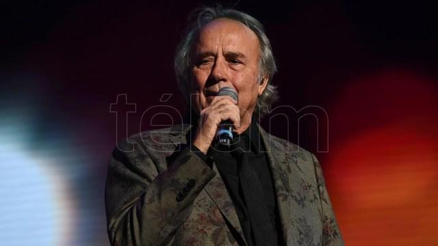 """El disco de Serrat incluye """"La mujer que yo quiero"""" entre otros éxitos"""
