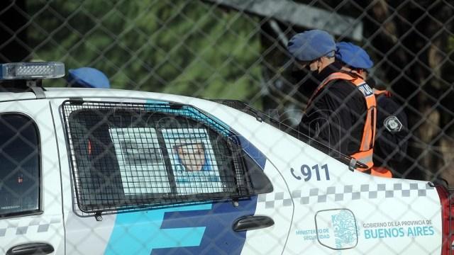 El operativo se desarrolló con efectivos de La Plata, San Vicente, la división de canes y bomberos de Policía Federal.