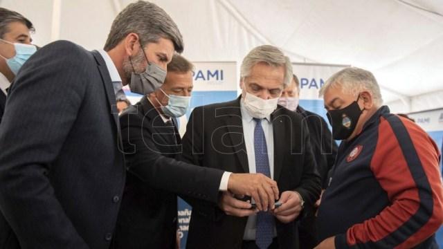 El presidente visitó la provincia acompañado de funcionarios y ministros.