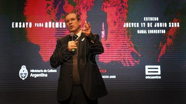 La película cuenta con las actuaciones de Leonardo Sbaraglia, Mercedes Morán, Martina Garello y Walter Jakob.