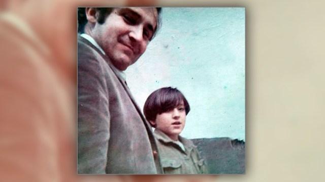 Paco y Javier, tiempos de padre e hijo. Cuando su papá fue asesinado, Javier tenía 14 años.