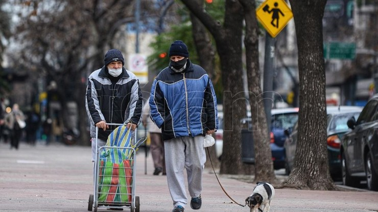 El aire frío en altura se instaló en el centro de Argentina, y favoreció la ocurrencia de nevada.