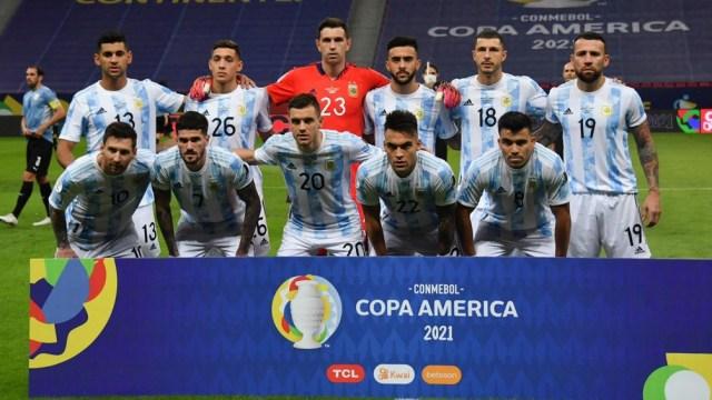 Argentina y una importante victoria ante Uruguay (Foto: @emimartinezz1)