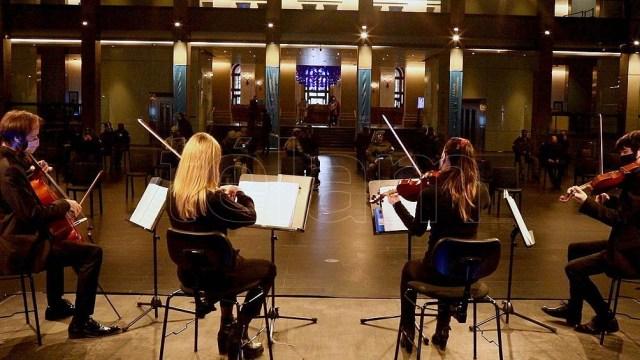 El homenaje a los fallecidos en pandemia en el CCK será breve y habrá diversas interpretaciones musicales.