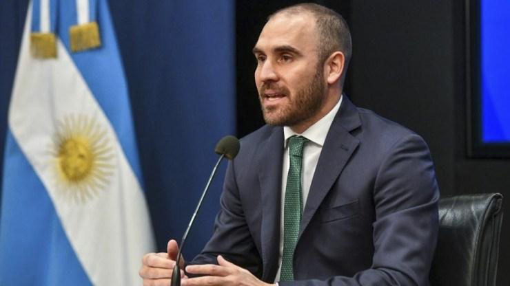 """Guzmán anunció """"un conjunto de pagos que sumarán aproximadamente US0 millones""""."""