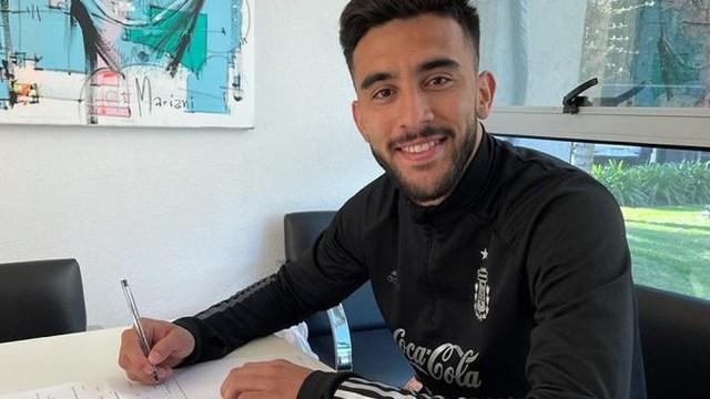 Nicolás González compartirá equipo con Lucas Martínez Quarta y Germán Pezzella. (Twitter Fiorentina)
