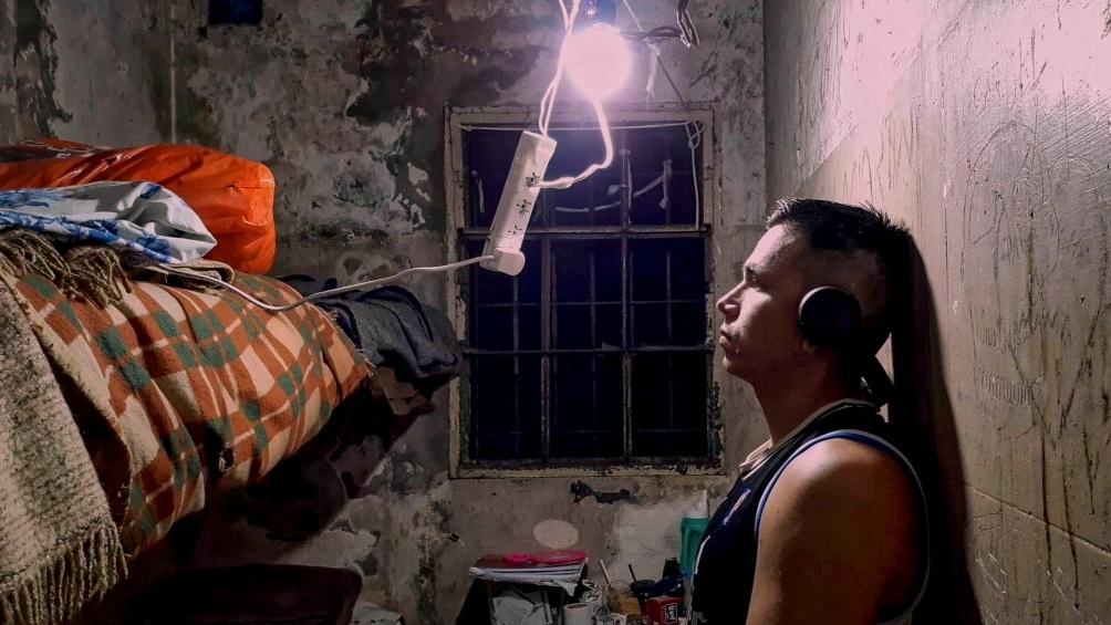 Yamir Antiman, el rapero y poeta, comparte desde una cárcel bonaerense la música que produce con un celular