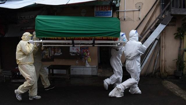 Más de un centenar de países cerraron sus fronteras para evitar que la variante Delta del coronavirus se propague.
