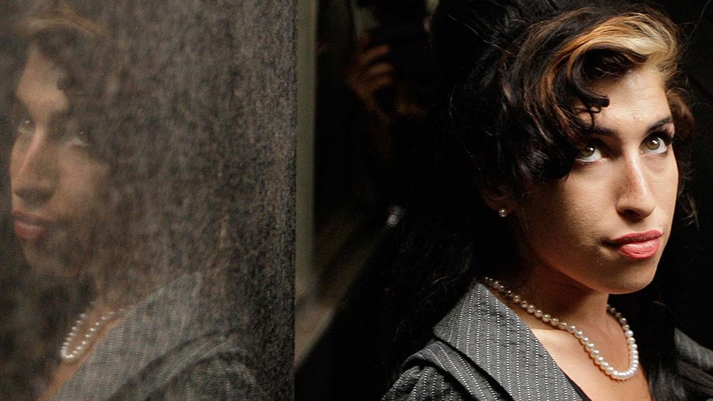 Amy Winehouse, la inigualable artista británica, a una década de su adiós