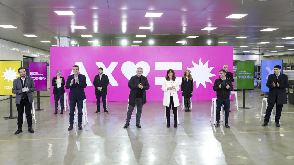 La clave del FdT pasa, en cualquier caso, por que los precandidatos que representan al Ejecutivo nacional recuperen la confianza de esa porción del electorado más volátil e independiente que apostó por la fórmula Fernández-Fernández de Kirchner en las últ