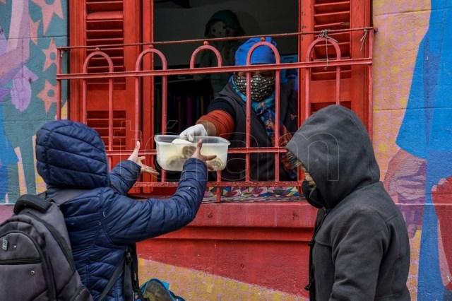 """""""Yo sigo manteniendo este comedor por la trata, porque si no las chicas no comen"""". Foto: Eliana Obregón"""