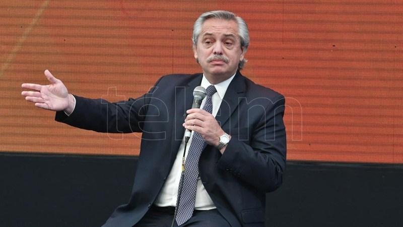 Fernández estará acompañado por Matías Kulfas, Axel Kicillof y Mariano Cascallares. (Foto: Paula Ribas)