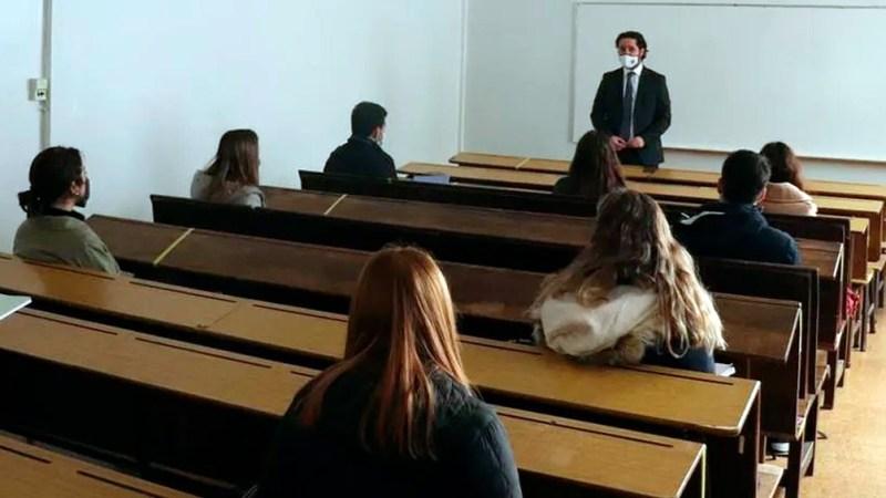 Vuelven las clases presenciales en las universidades.