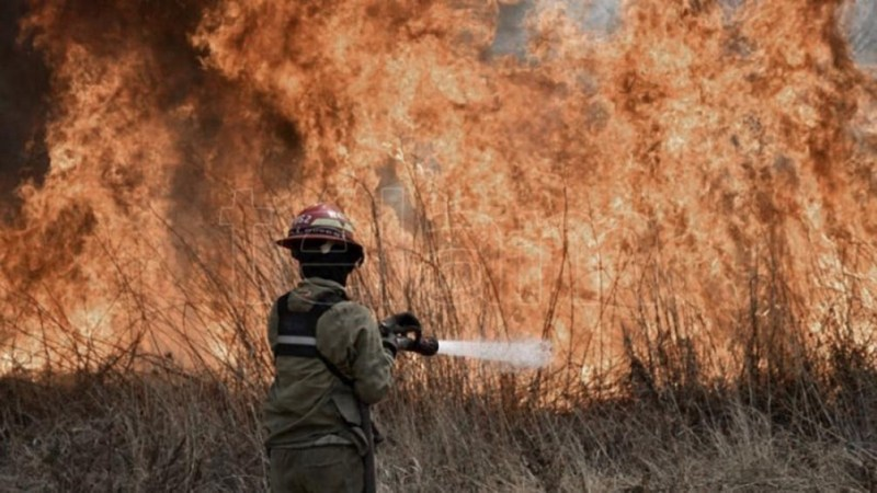 El fuego comenzó en la mañana del miércoles en la zona de Inti Yaco