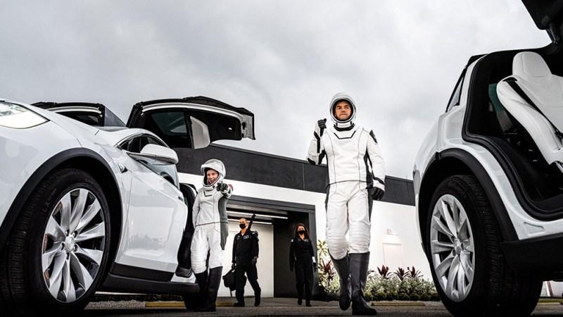 SpaceX ya ha llevado a no menos de diez astronautas a la ISS en nombre de la NASA, pero esta será la primera vez en la que viajarán astronautas no profesionales.