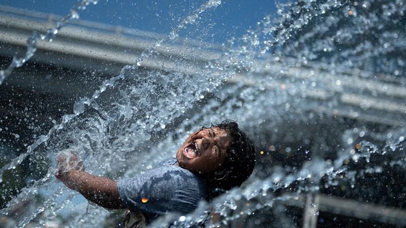 """De acuerdo con la investigación, """"a medida que todo el planeta se calienta, las temperaturas extremas se vuelven más probables y más intensas"""". Foto: AFP."""