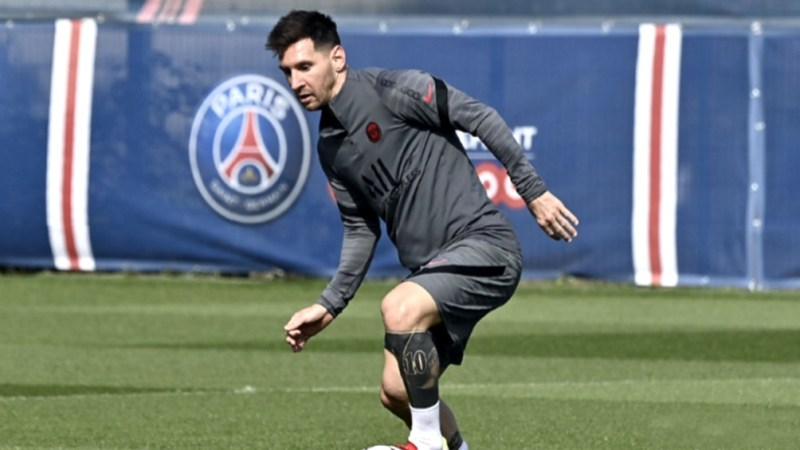 Messi, entrenando con el conjunto parisino.