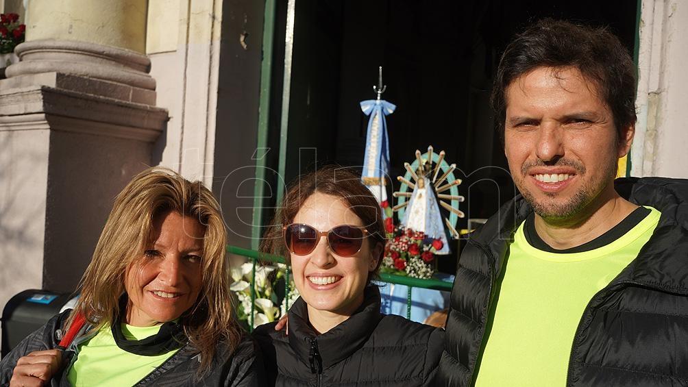 Pasadas las 8, la imagen partió desde la iglesia de San Cayetano, en el barrio porteño de Liniers.