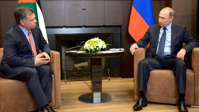 Tanto Vladimir Putin como el rey Abdullah de Jordania figuran entre los mandatarios ligados a paraísos fiscales.